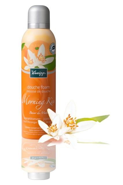 Kneipp douche foam Morning Kiss en bloemen