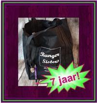 31-10-banger-sisters-7-jaar-win-een-feestelijk-cadeaupakket-vol-prijzen-6
